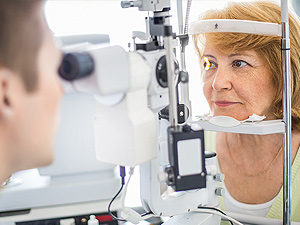 Cataract Treatment at South Nassau
